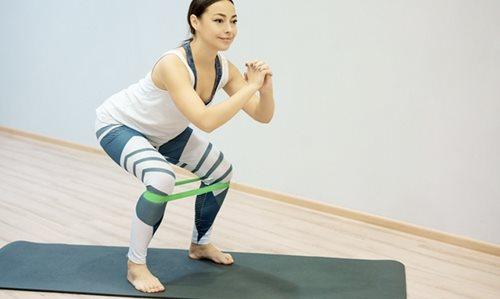 îndoirea articulațiilor picioarelor intindere musculara fesa
